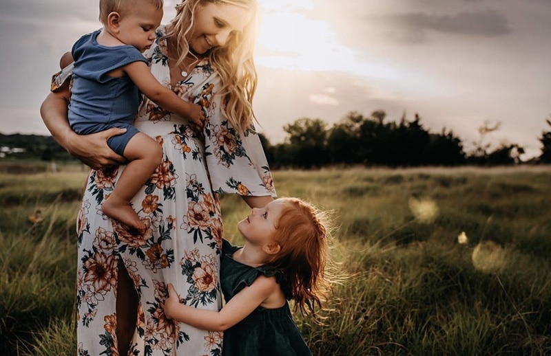Mom and Babies |Stormy Solis Presets