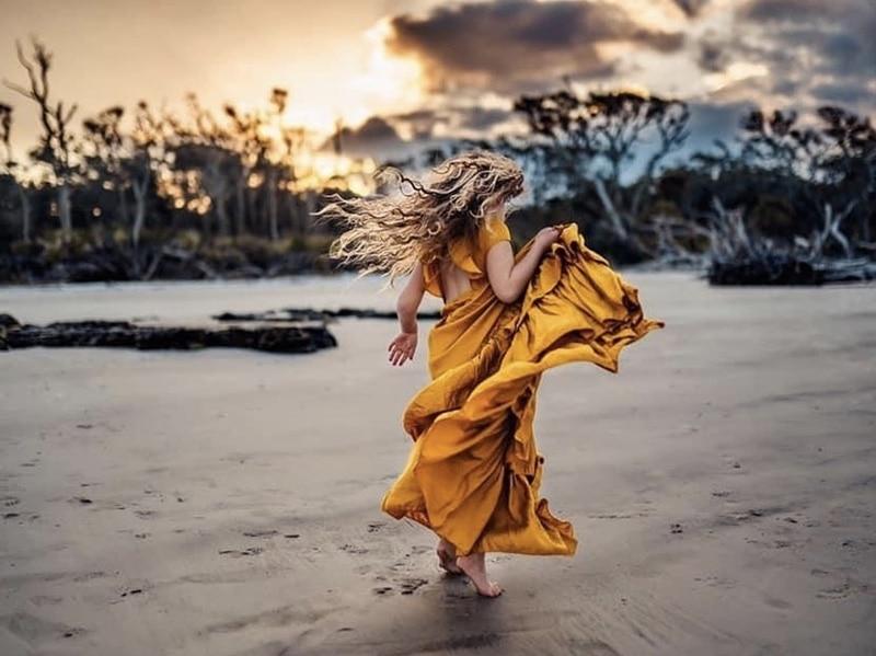 Girl Dancing on Beach | Stormy Solis Presets